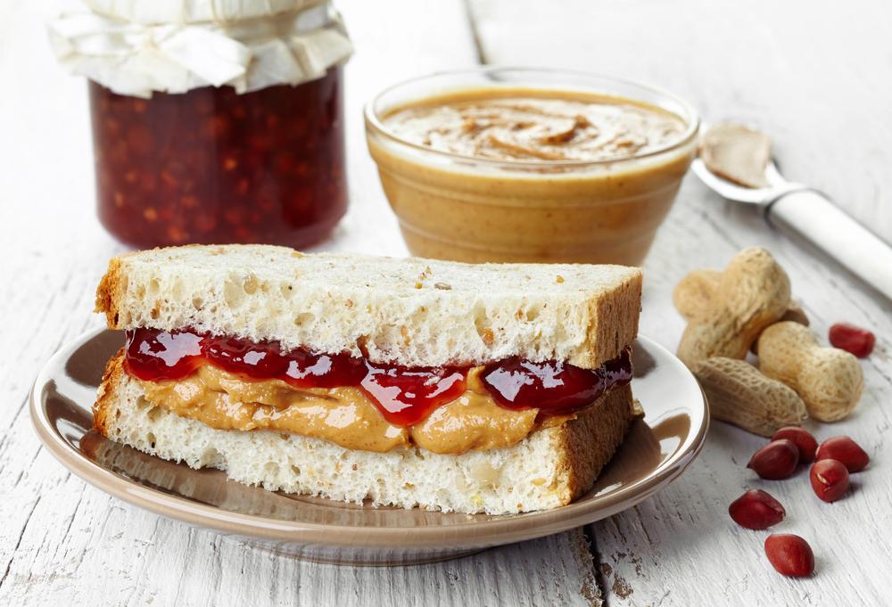 Sanduíche com pasta de amendoim
