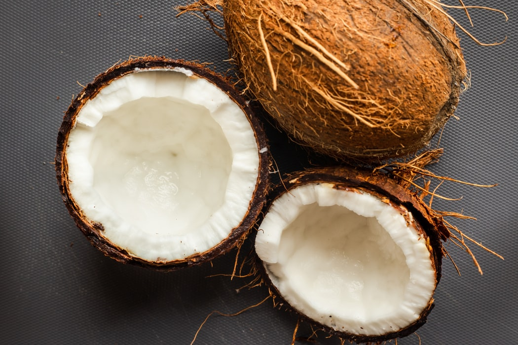 óleo de coco beneficios e utilidades